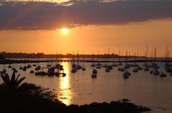 amanecer en puerto de Uruguay
