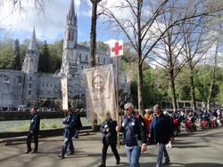 Procesión Lourdes siete