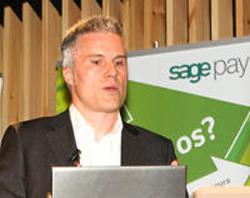 Óscar Martínez, de Sage Pay