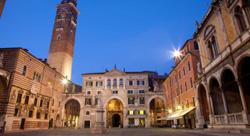 Piazza dei Signori, de Open