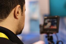 Entrevista por video, de Pixabay