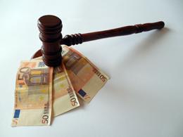 Código penal y negocios, de Pixabay