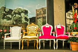 Tronos y sillones, de Pixabay
