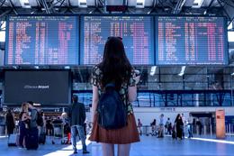 Turistas internacionales, de Pixabay