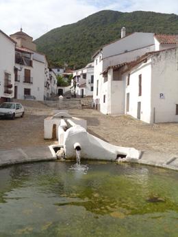 Linares de la Sierra, de Open