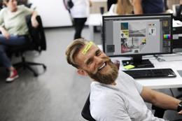 Felicidad en el trabajo, de Pixabay