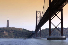Puente 25 de abril, de Turismo de Lisboa