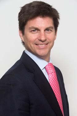 Víctor Carulla, de Headway