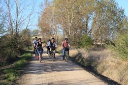 Bicicletas en la ruta del Vino de Cigales, de Open