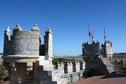 Castillo de Fuensaldaña, de Open