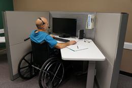 Empleado discapacitado, de pixabay