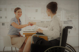 Trabajador discapacitado, de Fundación Adecco