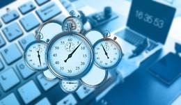Exceso de horas en trabajo, de Pixabay