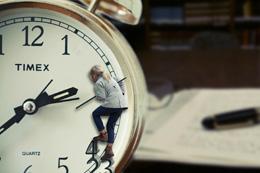 Horas de trabajo de españoles, de Pixabay