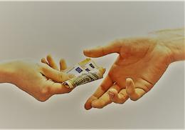 Pago de salario, de Pixabay