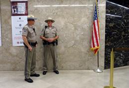 Policía en Estados Unidos, de Pixabay