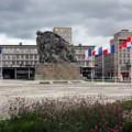 Monumento a los muertos en Le Havre, de Open