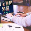 Reunión online de trabajo, de Pixabay