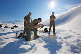 Pesca sobre hielo, de Turismo de Suiza