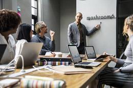Gestión de empleados en la nueva era, de Pixabay